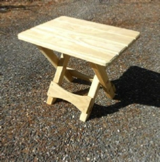 Small folding table you can build from wood
