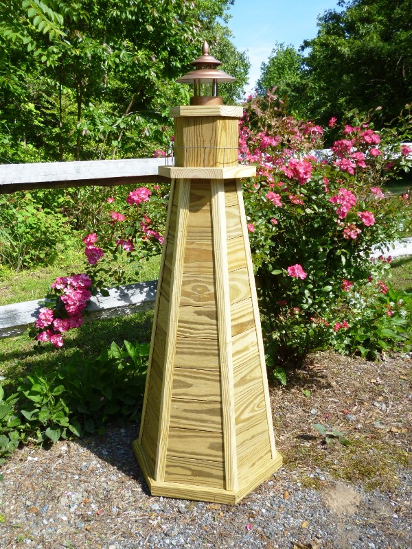 Diy lighthouse plans how to build a 4 ft wooden lawn for Four foot garden blueprint