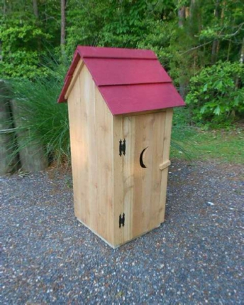 Ornamental Outhouse  - Wood Plans with photos