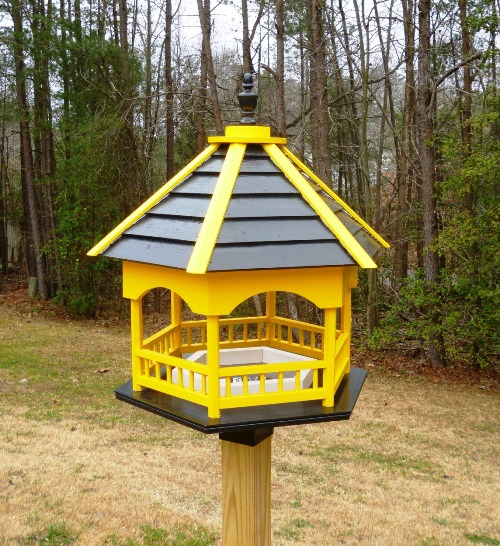 Huge Black And Gold Bird Feeder Has A Pittsburgh Theme