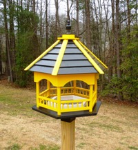 gazebo birdfeeder black and gold