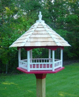 Woodworking plans for a gazebo style bird feeder