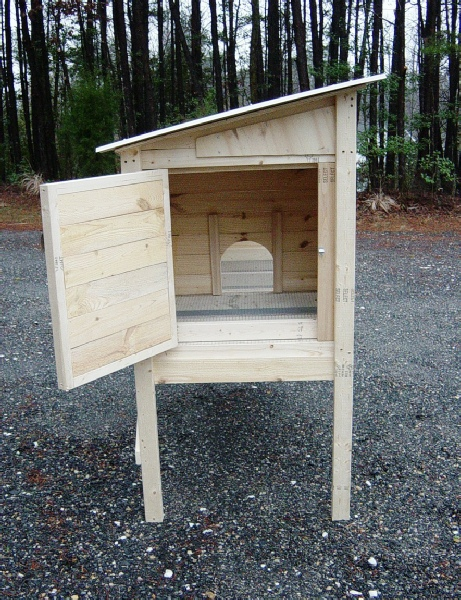 How to build a 5 ft rabbit hutch diy wood plans for Wooden rabbit hutch plans